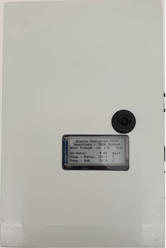 Front view of the station with the ePaper display