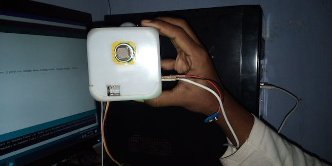 The gap is where the user need to place his finger if we wants to know his pulse rate. Battery connection for sensors is external.