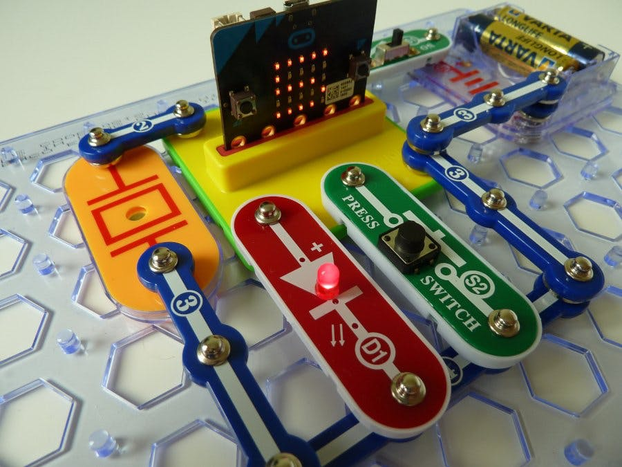 Snap:bit - Countdown Timer with Light and Sound