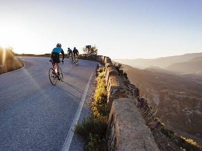 Choosing Between a Street Bike and a Hill Bike