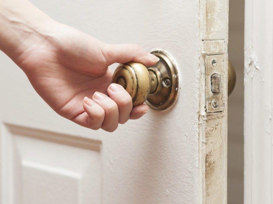 Automated Door Locking/Unlocking Device