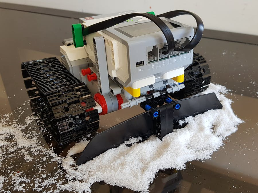 Snoomba - The snow cleaning bot