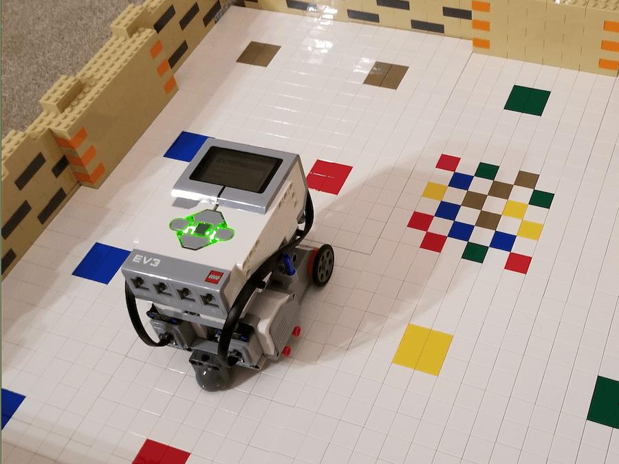 DWR - An Alexa voice enabled maze-solving LEGO robot