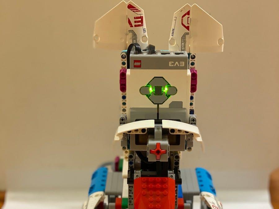 Alexa Powered LEGO Mindstorms Pet Carer