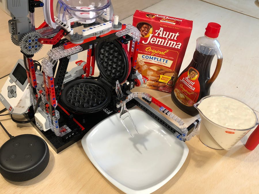 Lego Mindstorms Wafflebot with Amazon Alexa