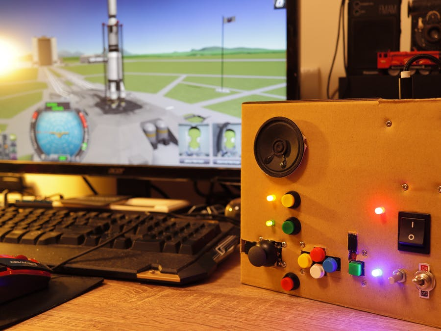 A Simple Kerbal Space Program Arduino Leonardo Controller