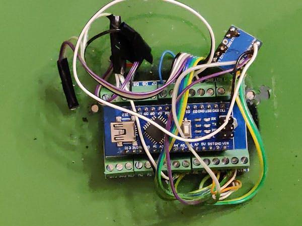 Arduino Nano in Terminal adapter board