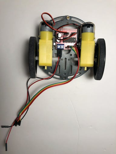 Platform with DC motors, wheels and L298N motor drive controller