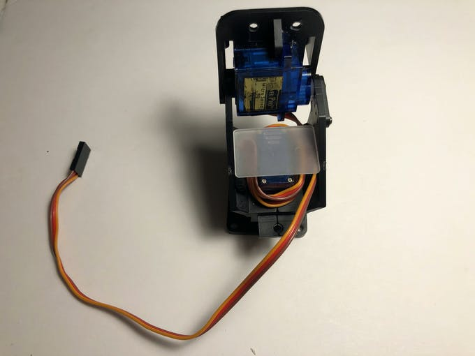 Pan/Tilt with SG-90 servos. In this project we use only the tilt servo.