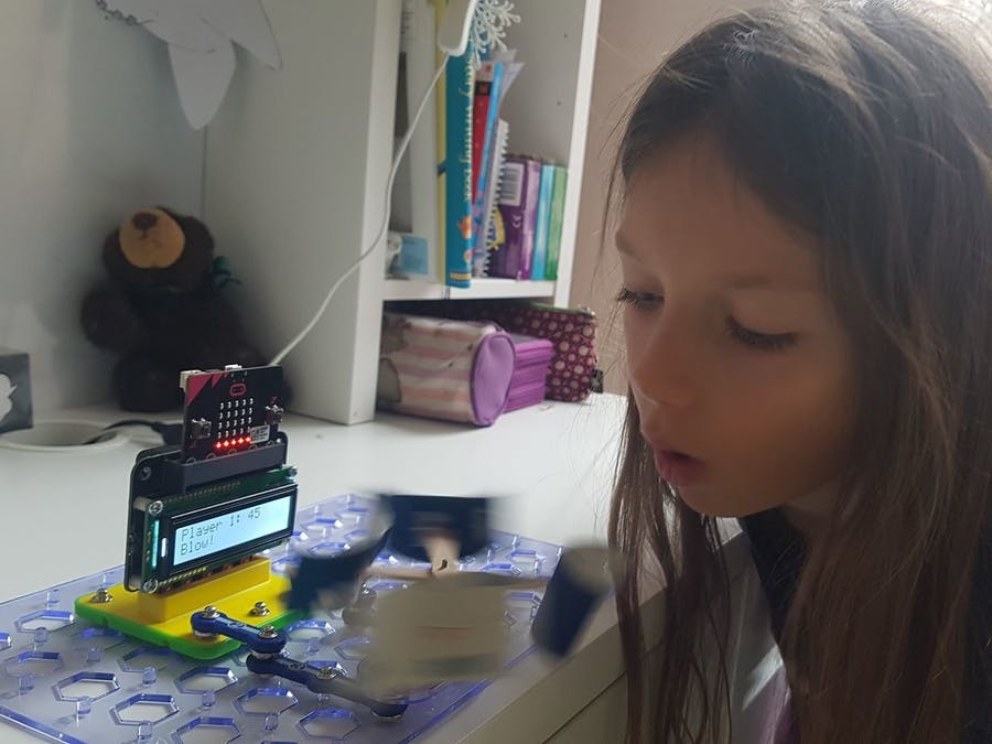 Blow Game with Micro:bit and Snap Circuits