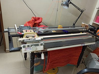 Automated Knitting Machine