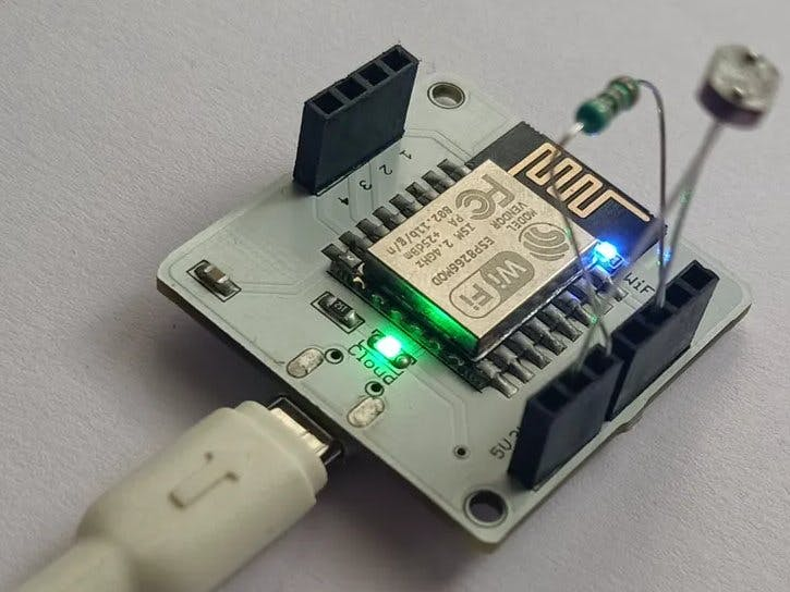 Light monitoring system