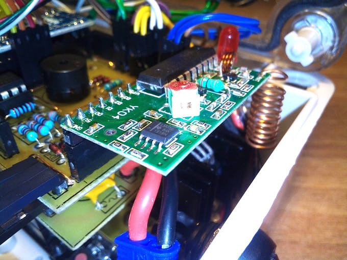 RC board and its coil antenna.