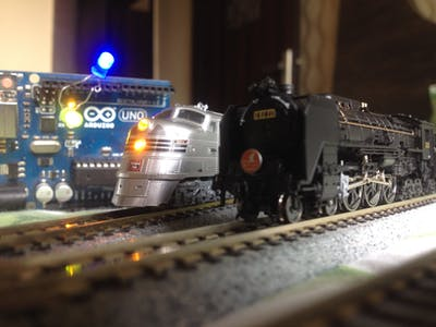 Automated Model Railroad Layout Running Two Trains (V2.0)...