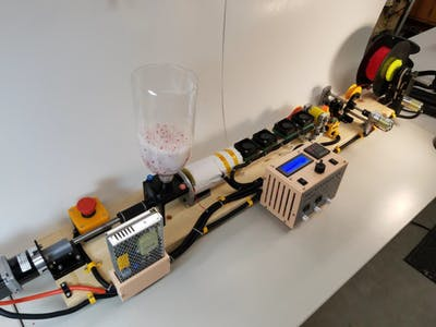 RepRapable Recyclebot: Open Source 3D-Printable Extruder
