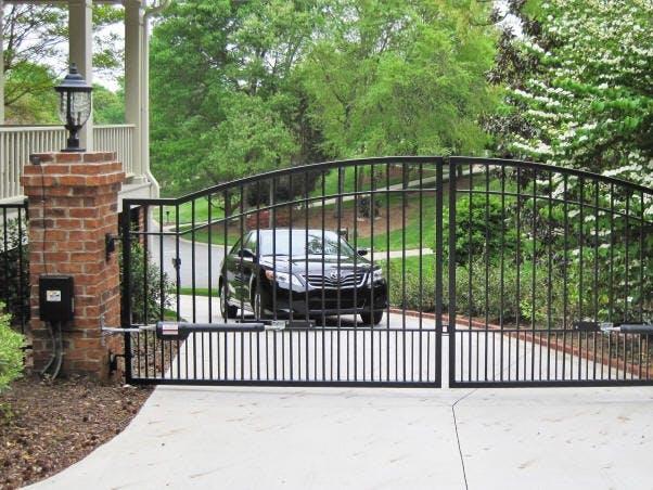 Automated Driveway Gate(s)