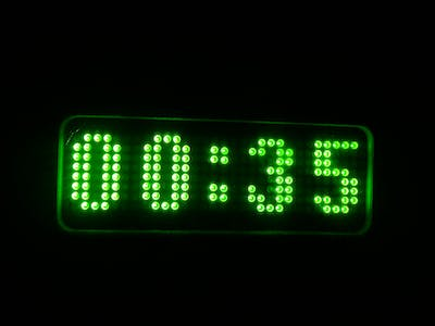 Simple digital clock using DIGISPARK ATTINY85