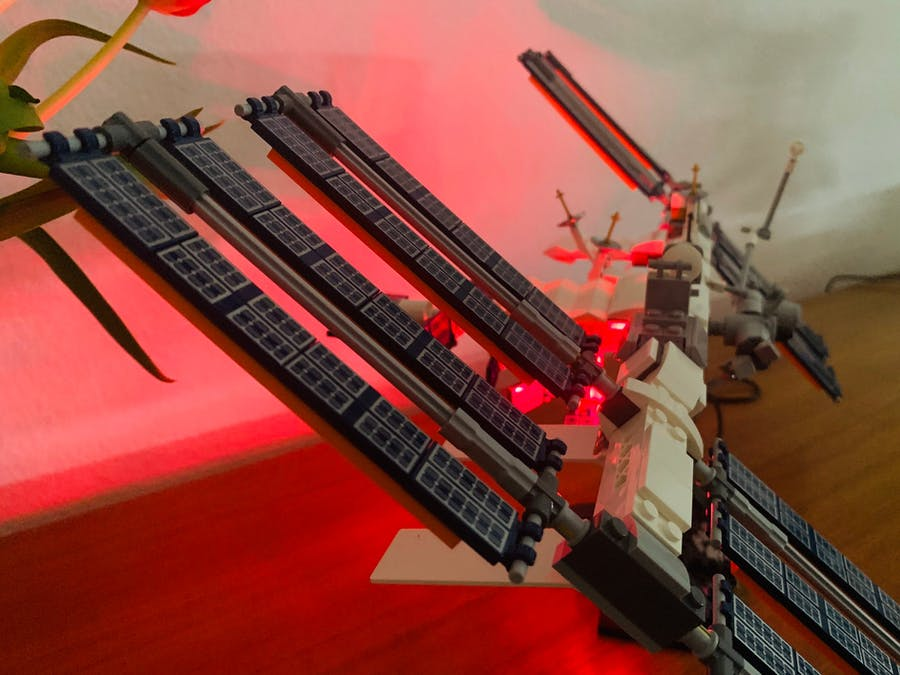 LEGO ISS Tracker