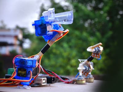 Simple Mimicking Robot Arm Using Arduino