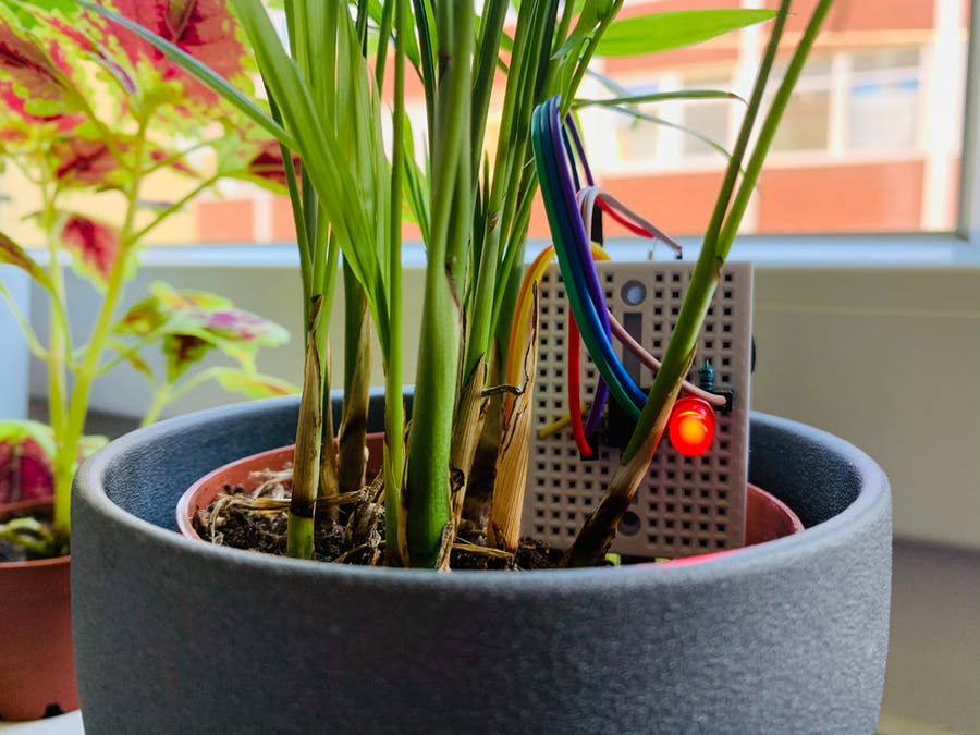 Battery-Powered Soil Moisture Meter with an ATtiny85