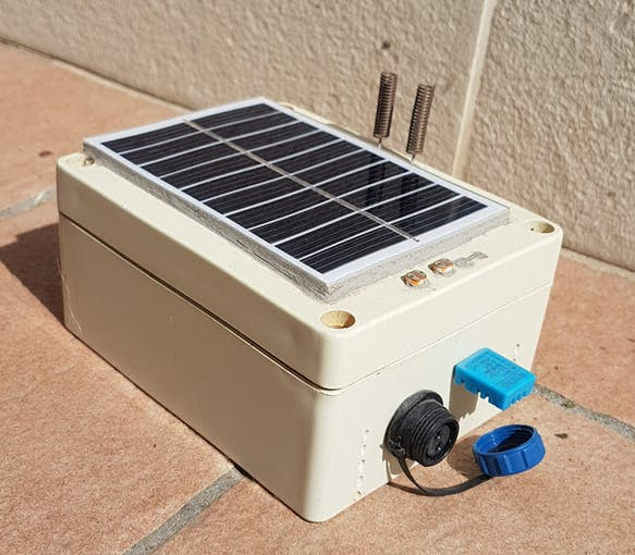 Encapsulated self sufficient module with solar cell and few testing sensors