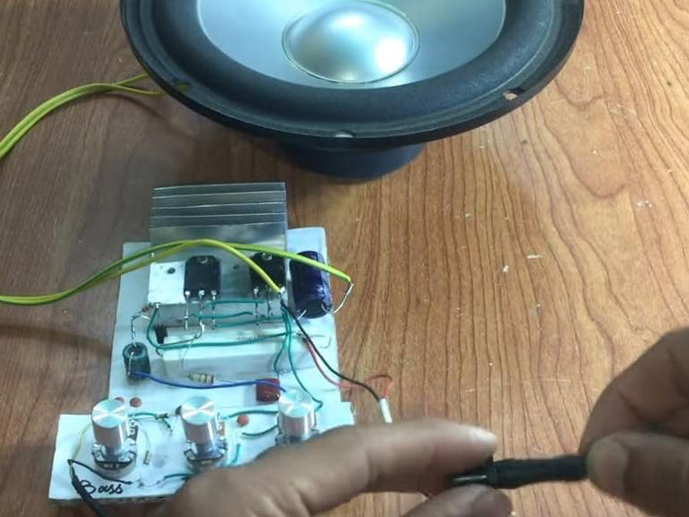 Heavy Bass Powerful Amplifier With D718