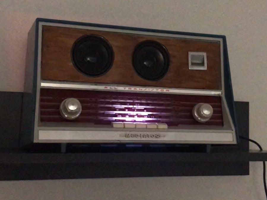 Old Radio led strip with sound sensor