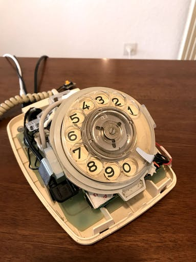 The Raspberry Pi is encapsulated into the phone.