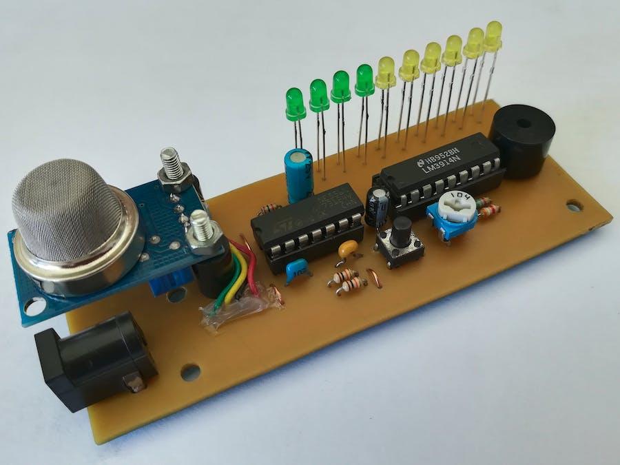 Simple Low Cost Carbon Monoxide Meter