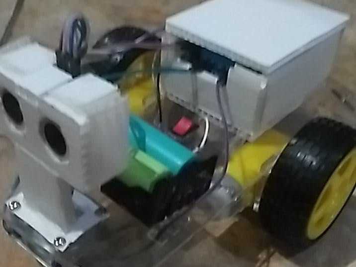Arduino Uno Avoiding Object Car With Led And Buzzer