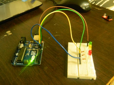 Controlling Traffic Lights With Arduino Uno