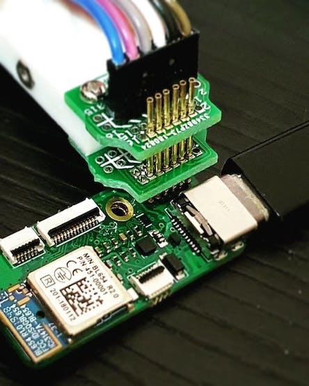 SWD debug and test setup.