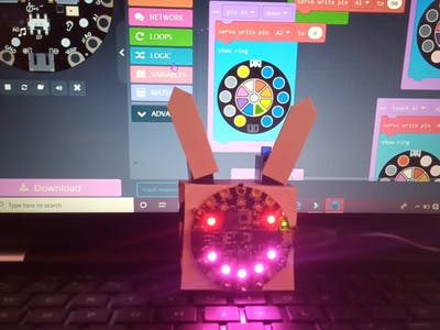 Touch responsive robot/circuitplayground /#smartcreativity
