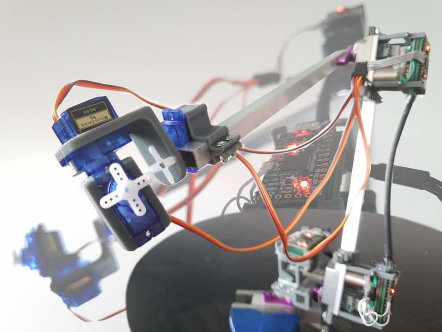 Robot Arm Built with Completely Re-made Servos