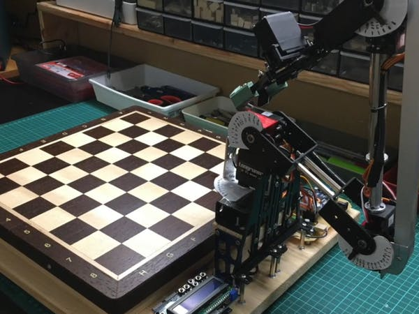 A Robotic Arm Is the Best Quarantine Chess Buddy