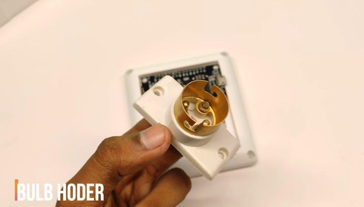 Attache The Bulb Holder In Box