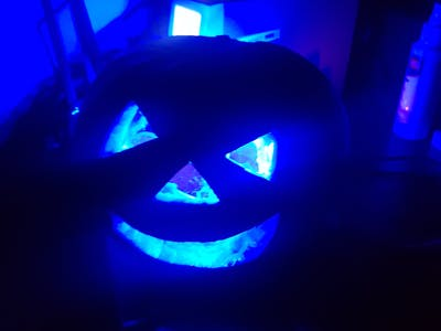 Making an Electronic Jack-o'-Lantern for Dan