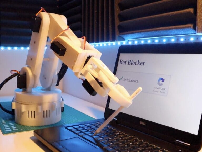 DIY Arduino Robot Arm – Controlled by Hand Gestures