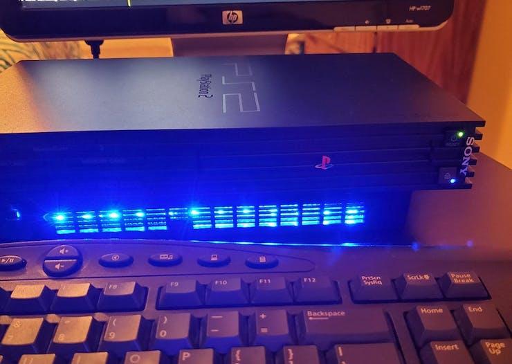 Optional LED strip (📷: Farizno)