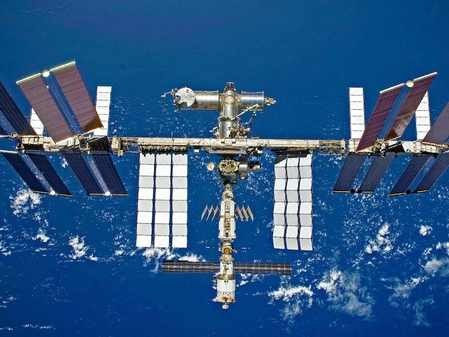 Lane Tech HS -- PCL -- ISS Tracker