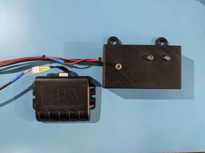 Exhaust module (left) Arduino (right)