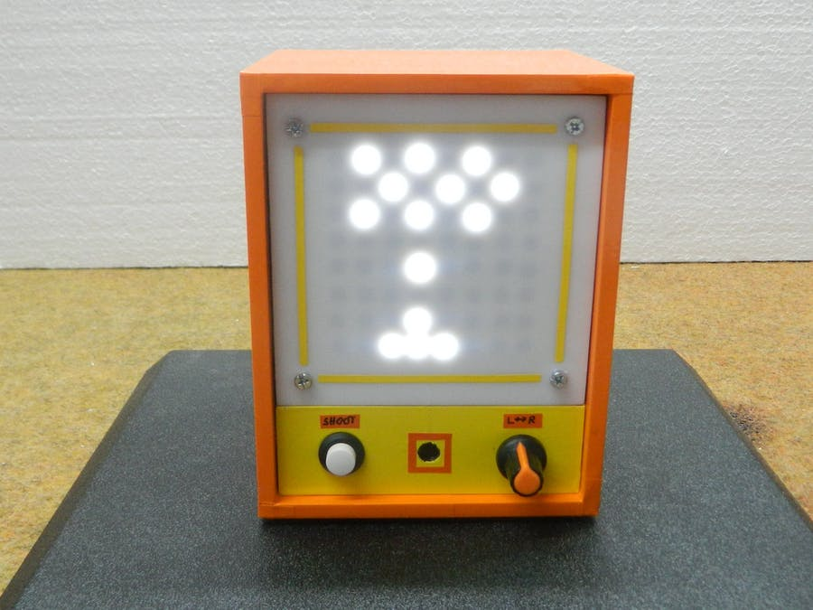Space Invaders Game on 8x8 Homemade LED Matrix
