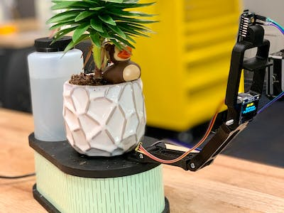 Automatic Plant Watering + Time-Lapse