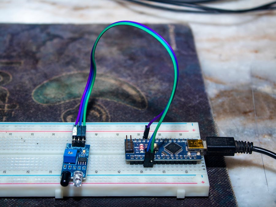 Digital Tachometer using IR Sensor
