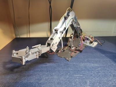 Robotic Arm (with linear actuators)