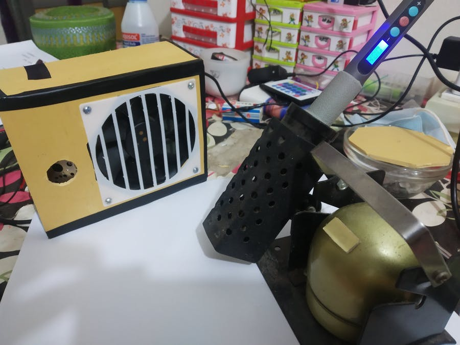 Automatic Solder Fume Extractor