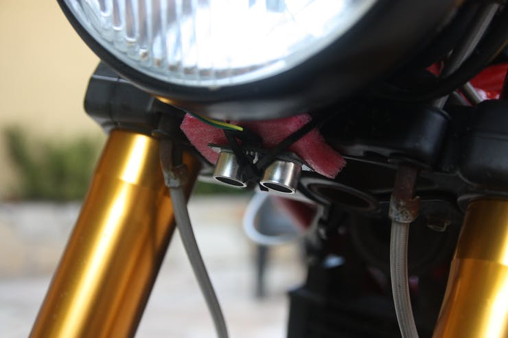 Front ultrasonic distance sensor