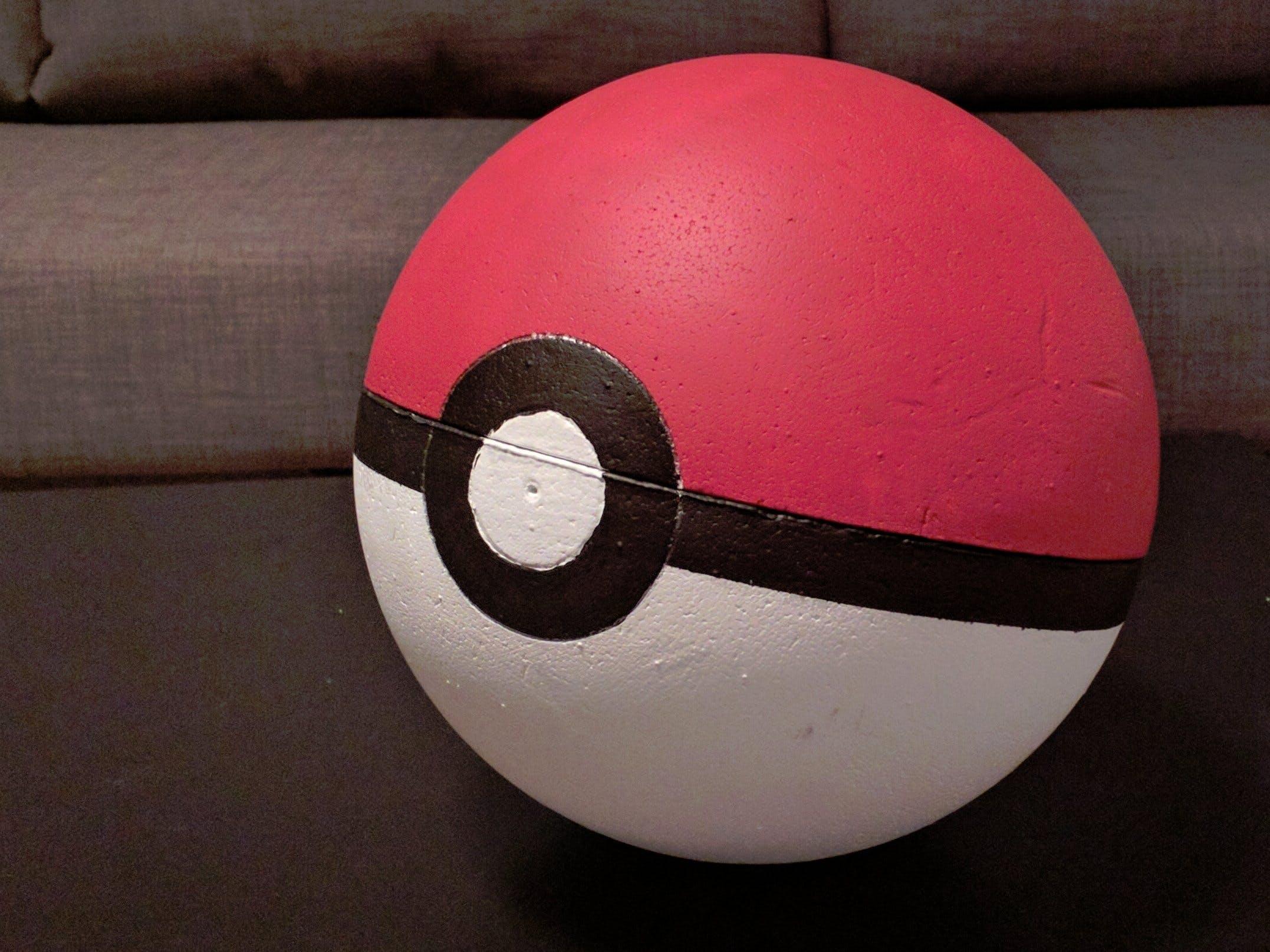 Pokémon detecting Pokéball