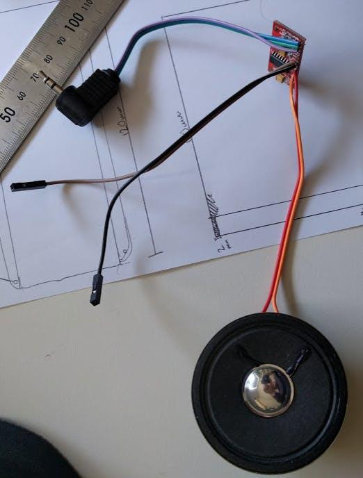 Speaker with amp