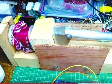Crush Cans with an Arduino-Powered Arm